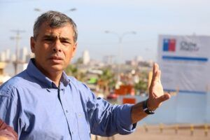 """Alcalde Soria: """"Este desalojo sólo trasladará el problema a otros puntos de Iquique"""""""