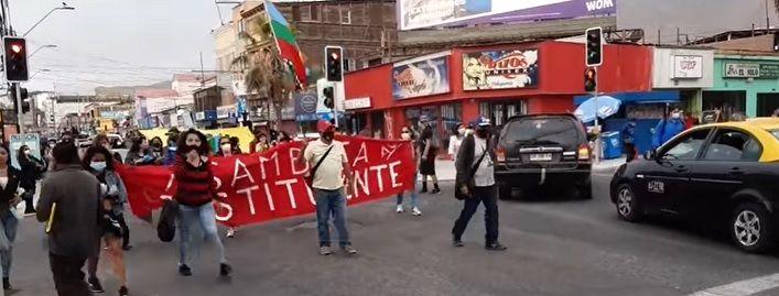 Iquique | Marcha en rechazo de envío del Gobierno al TC para frenar la entrega de 10% de las AFP