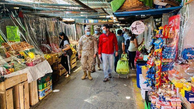 Gobernador y el jefe de la Defensa Nacional fiscalizaron caleta Riquelme y Terminal Agropecuario