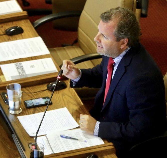 Aprueban proyecto de diputado Trisotti que busca que el Ejecutivo impulse iniciativa para postergar el pago de los permisos de circulación
