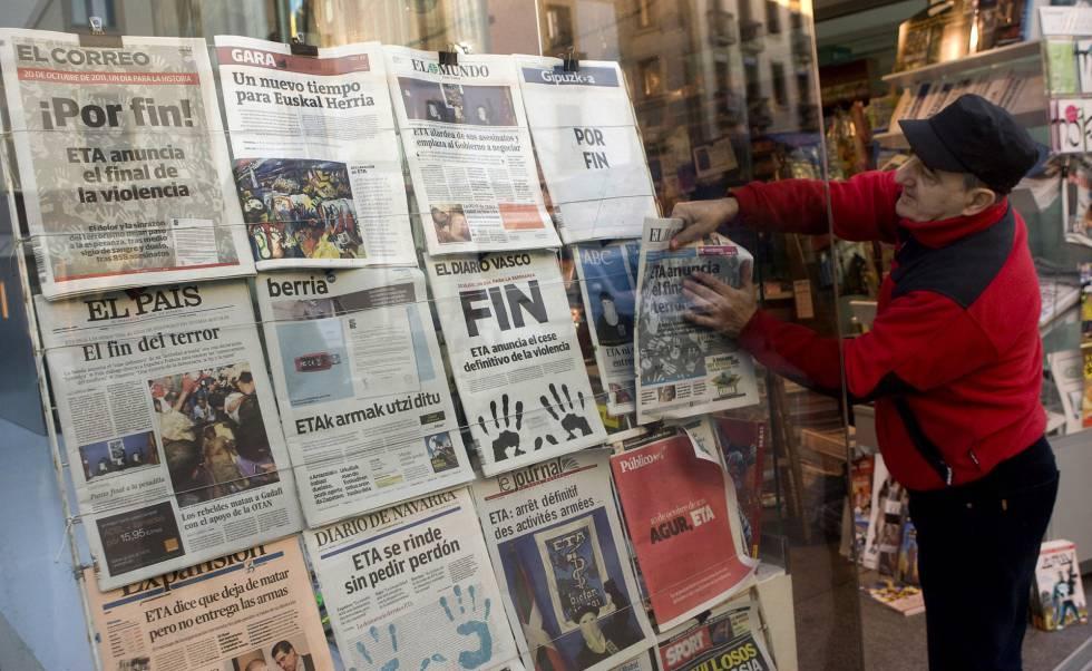 Crisis de los medios impacta a diarios de papel