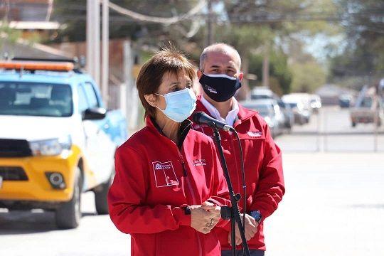 Con su look institucional subsecretaria Paula Daza anuncia implementación de test de antígenos en la región