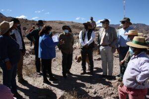 Cores sesionan en Limaxiña para ver cómo se desarrollan proyectos refacción de Iglesia, nuevo camino de acceso y reposición de sede social