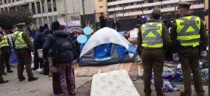 Desalojan a migrantes que acampaban en Plaza Brasil